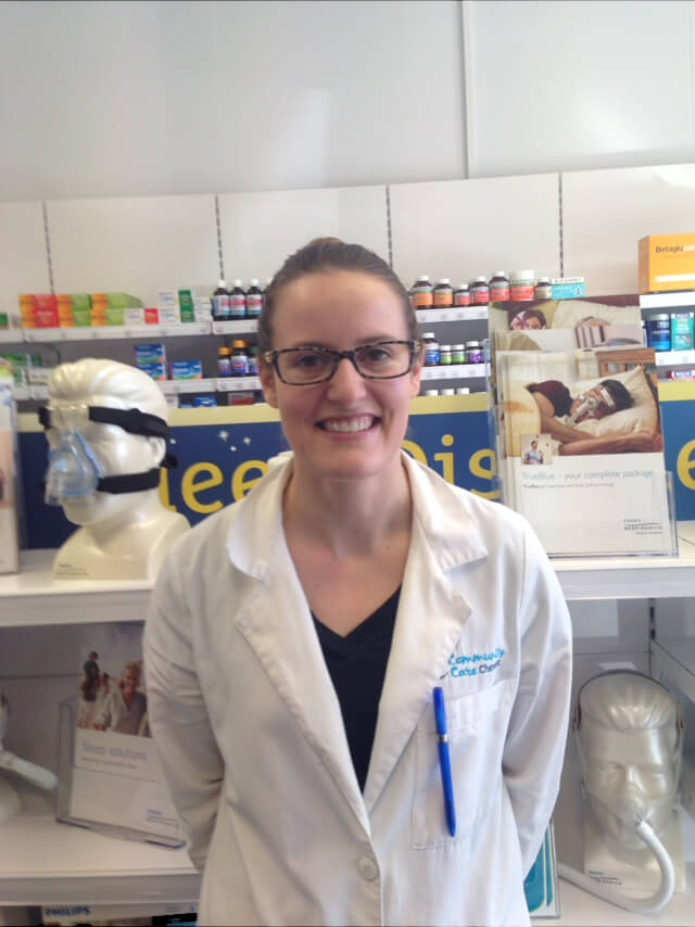 how to become a pharmacy manager